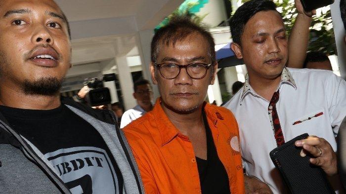 Baim Wong Beri Dukungan Bagi Tio Pakusadewo